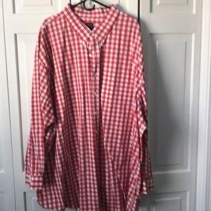 Red/white long sleeved shirt